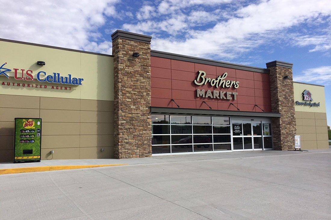 Brothers Markets - Denver IA