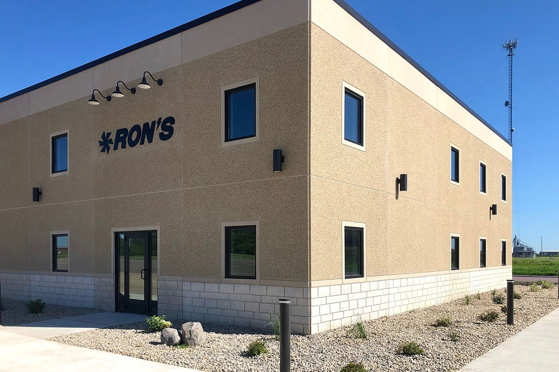 Ron's P/H/E – Wells, MN